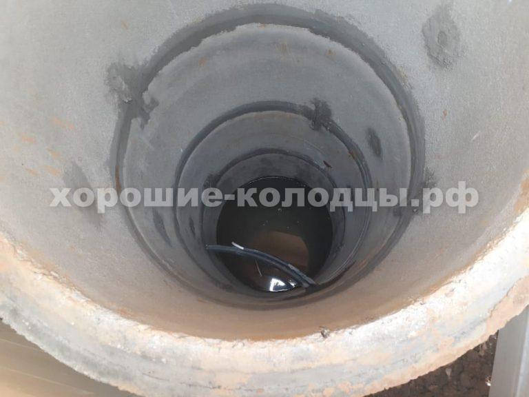 Колодец на воду 7 колец в д. Шапкова, Волоколамский р-н, Подмосковье.