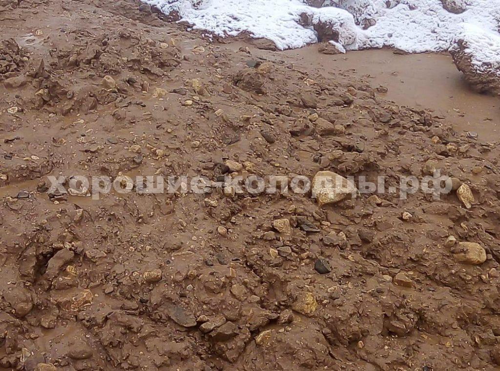 Колодец на воду 9 колец в д. Брёхово, Солнечногорский р-н, Подмосковье.