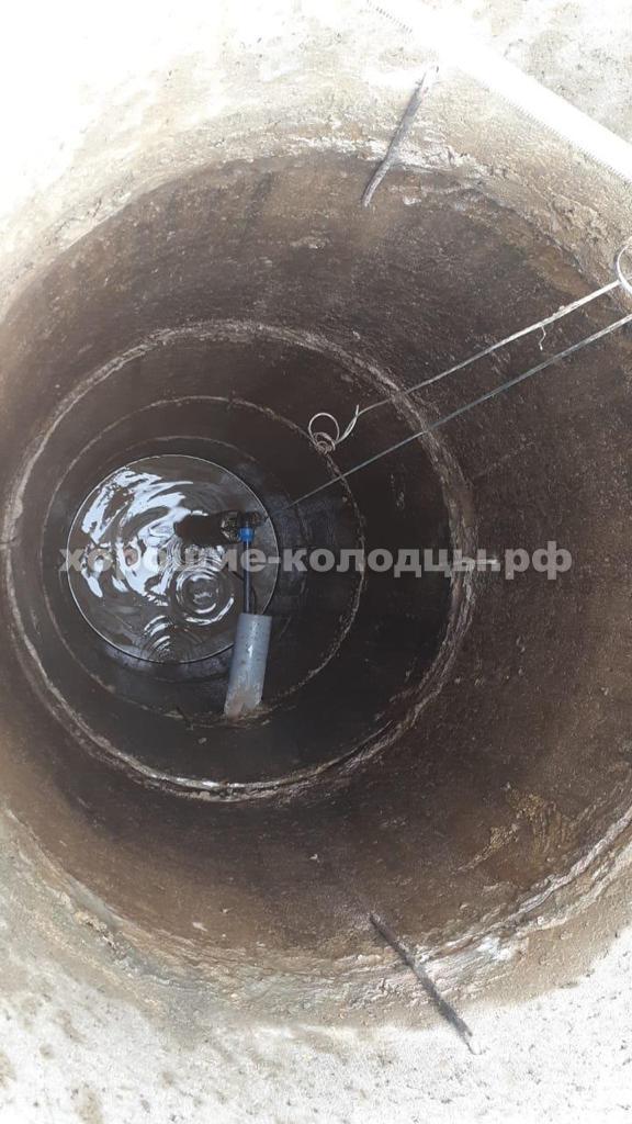 Колодец на воду 6 колец в д. Акатово, Рузский р-н, Подмосковье.