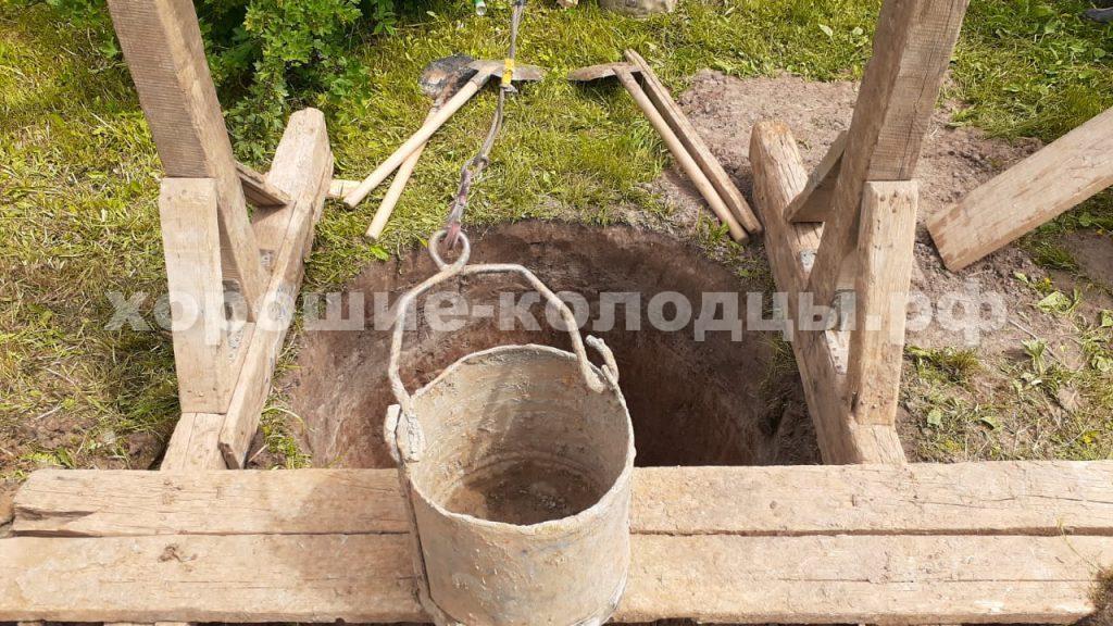 Колодец на воду 5 колец в СНТ Озерки, Истринский р-н, Подмосковье
