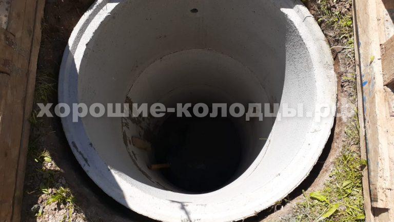 Колодец на воду 5 колец в СНТ Озерки, Истринский р-н, Подмосковье.
