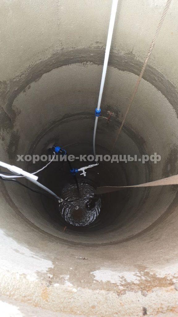 Чистка колодца на воду 8 колец в кп. Пятница, Волоколамский р-н, Подмосковье.