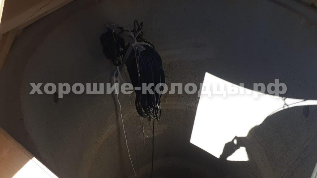 Установка насоса на колодец в СНТ Медовый, Рузский р-н, Подмосковье.