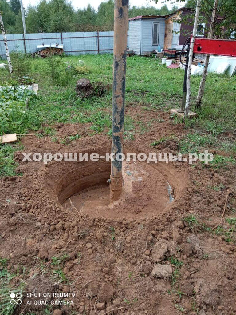 Колодец на воду 10 колец в д. Брикет, Рузский р-н, Подмосковье.