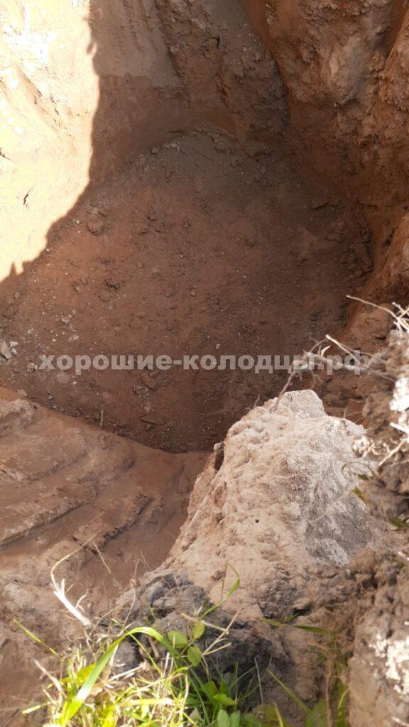 Установка 2 кольца в яму под септик в КП Солнышко, Волоколамский р-н, Подмосковье.