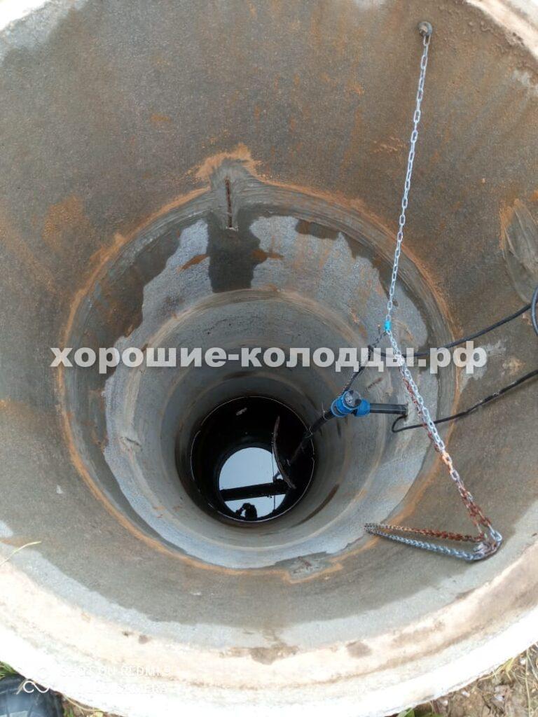 Чистка колодца 8 колец в СНТ Красный Октябрь, Истринский р-н, Подмосковье.